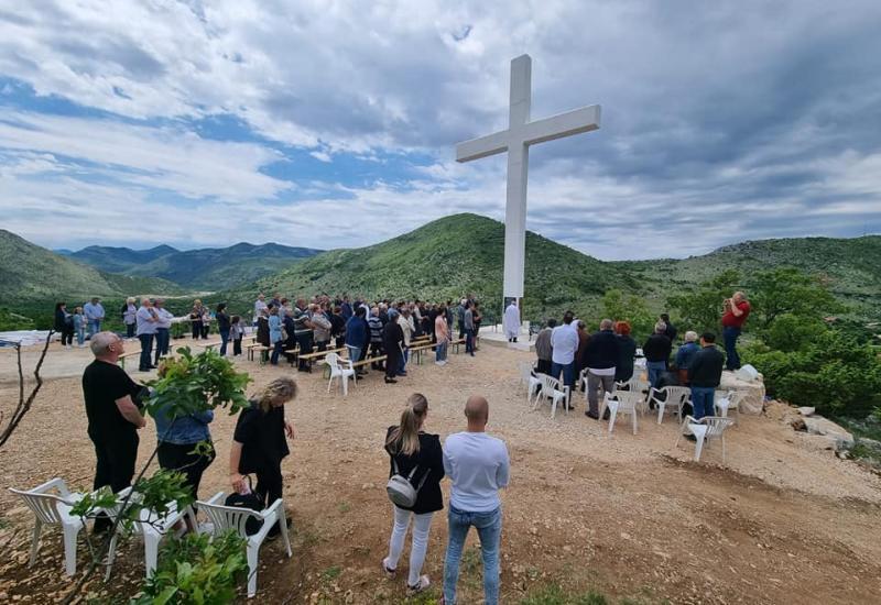 Blagoslov križa u Hutovu